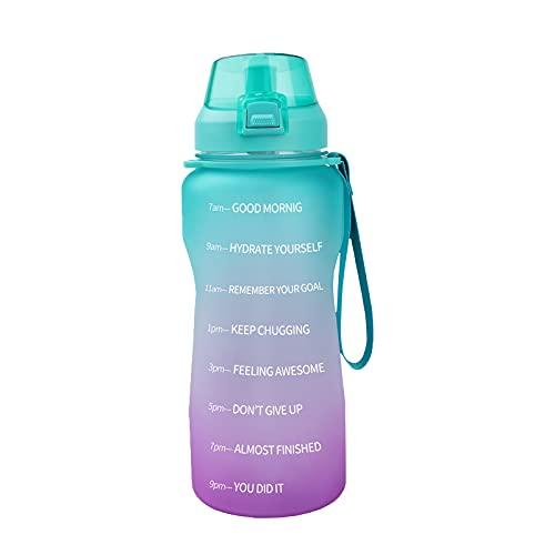 Azebo Botella de agua de 2 L con marcas de tiempo de motivación, Tritan sin BPA, reutilizable, a prueba de fugas, para oficinas deportivas de interior y exterior, 2 litros, color verde/lila