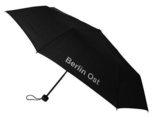 Happy Rain Regenschirm Berlin Ost