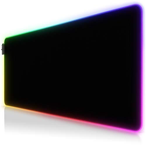 TITANWOLF - RGB Tappetino per Mouse da Gioco XXL - Mouse Pad Gaming - 900x400mm - 7 Colori LED e 4 Effetti - Precisione e velocità - Lato Inferiore gommato - Lavabile - per Computer PC e Laptop
