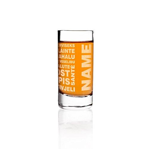 Herz & Heim® Schnapsglas mit Gravur des Namens und Prost in mehreren Sprachen