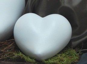 Tierurne - Herz aus Keramik, Weiß, Vol. ca. 0,55 Ltr.