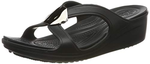 crocs Sanrah Liquid Metallic Wedge W Peeptoe Sandalen, zwart