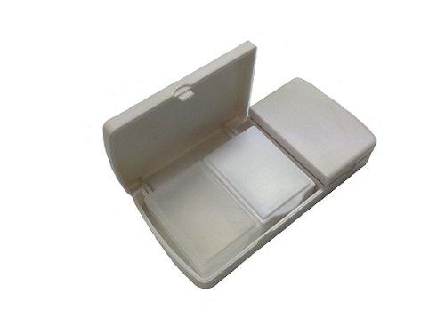 コンパクトピルカッターピルケース収納ピルケース2個付携帯に便利その場で薬を半分に【携帯に便利な巾着袋付】KCP24