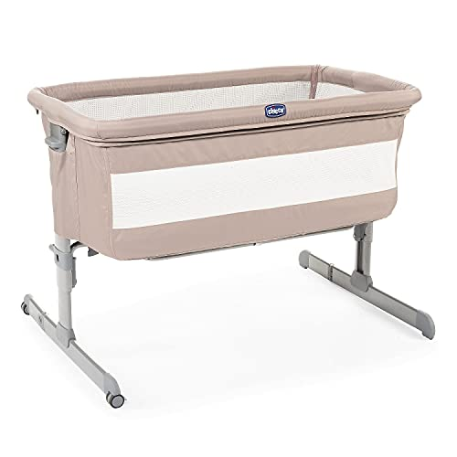 chicco Next2Me Bedside Baby Crib Sand - Co-Sleeping Baby Cot with Mattress, Detachable Side, Adjustable Height, Mesh Window, Wheels and Travel Bag - 0-6 Months, 9 kg