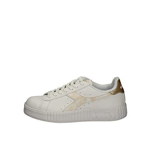 Diadora Game P Step Wn, Scarpe da Fitness Donna, Bianco (White/Frosted Almond C8581), 37 EU