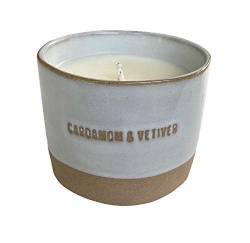 Hearth & Hand with Magnolia Cardamom & Vetiver Soy Candle 9 OZ