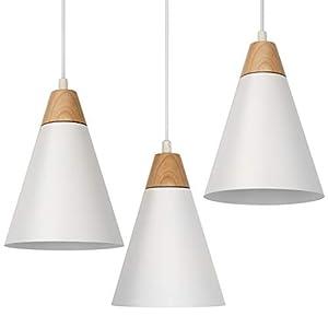 Pacco da 3: rinnova e arreda la tua casa combinando 3 lampade da soffitto come preferisci, in fila o sparse e nel numero per te più adatto Luce a sufficienza: incluse nella confezione potrai trovare tre lampadine LED da 4W che emanano una luce bianca...
