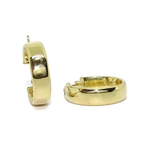 Pendientes aros pequeños de oro amarillo de 18k de 5mm de anchos y 1.90cm de diámetro exterior. Peso; 1.90gr de oro de 18k. Cierre fácil click.