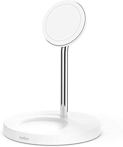 Belkin - Cargador Inalámbrico 2 en 1 con MagSafe, Carga Rápida de 15 W, Soporte de Carga para la Serie iPhone 12, AirPods y Otros Dispositivos con MagSafe, Adaptador de Corriente Incluido, Blanco