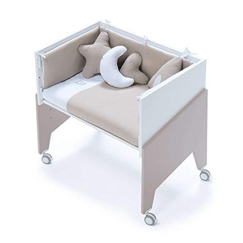Alondra - Minicuna Colecho EQUO (5 etapas) Beige + Set 3Textiles + Colchón antiahogo, convertible en: sillón + mesa + juguetero + colecho + minicuna) 7 alturas somier, modelo C1053-TX153 Arena