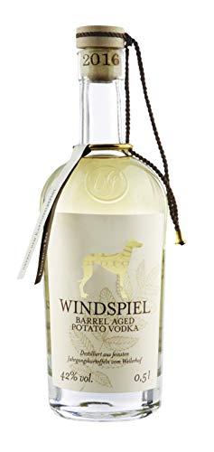 Windspiel Barrel Aged Potato Vodka 42 {20f96e807e8277653c48d37fad96112529d14c8d00edd1a6291900a8950b8b91} vol. 1 x 0,5 Liter - Fassgelagerter Premium Manufaktur Vodka aus der deutschen Vulkaneifel, 4009-NV, klar, 0.5 l
