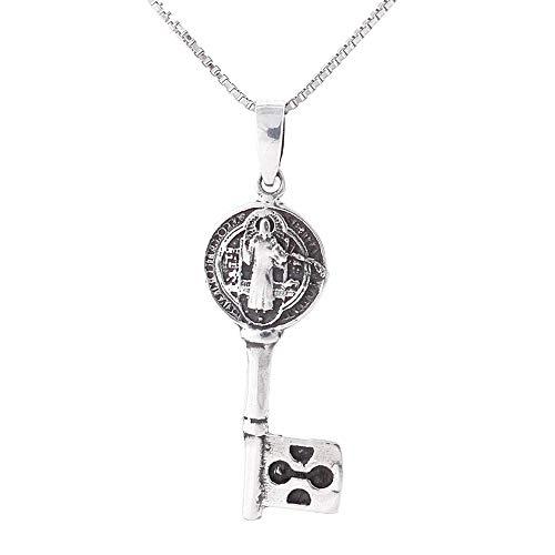 ARITZI - Collar Delicado de Plata de Ley 925 con Colgante Doble Cara con símbolos de San Benito - Incluye Cadena Box Chain de 45 cm en Plata - Llave 30 x 10 mm