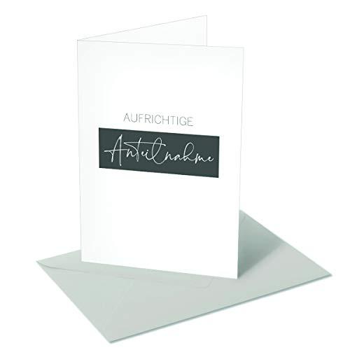 Trauerkarte weiß-Aufrichtige Anteilnahme- mit silbergrauen Briefumschlägen