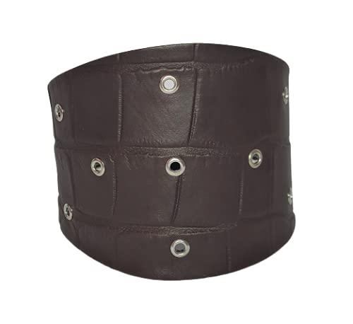 Pulsera de piel moters . Piel y metal, alta o baja perfil. Con remaches para un estilo más decidido o sin para un aspecto más limpio. MoroDcoco