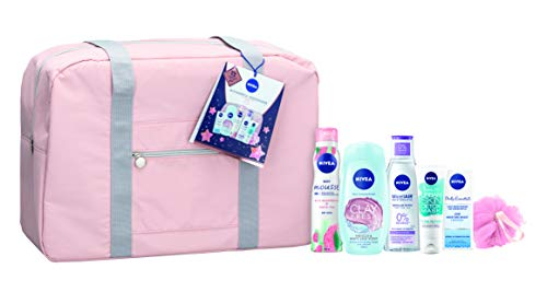NIVEA Wonderful Weekender Gift Set, Beauty Gifts for Her in a Stylish Weekend Bag, Weekend Away Gifts for Women Including Shower Gel, Make-Up Remover, and Moisturiser