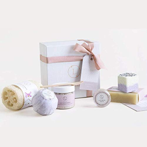 Bath Gift Set, Natural Relaxing Spa Gift for Her, Basket Including 6 pc - Lavender Soap Bar, Bath Bomb, Facial Mask, Lip Balm, Shower Steamer, Luffa Sponge, Best Gift for Mom, Sister, Friend by Lizush