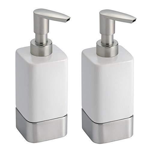 mDesign Seifenspender wiederbefüllbar – edler Pumpseifenspender aus Keramik mit 354 ml Füllmenge – für die Küche oder als Badzubehör – weiß/gebürstet - 2er-Set
