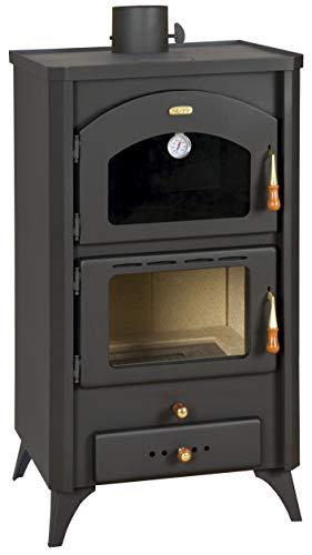 Estufa de leña con horno. Estufa de cocina, potencia de calefacción de 14 kw.