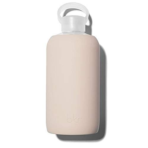 bkr Little Smooth Doe – 473 ml – Glas-Wasserflasche – hellbraun – spülmaschinenfest – abnehmbare Silikon-Hülle – BPA-frei