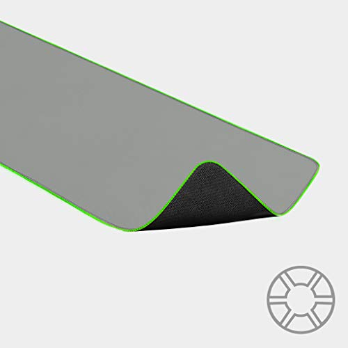Razer Goliathus Extended Chroma Mercury - Extra große weiche XXL Gaming Maus-Matte mit RGB Beleuchtung (Kabelhalterung, Stoff-Oberfläche, gesteppter Rand, optimiert für alle Mäuse) Weiß
