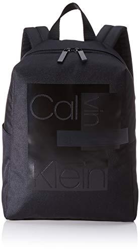 Calvin Klein - Layered Round Backpack, Shoppers y bolsos de hombro Hombre, Negro (Black), 0.1x0.1x0.1 cm (W x H L)