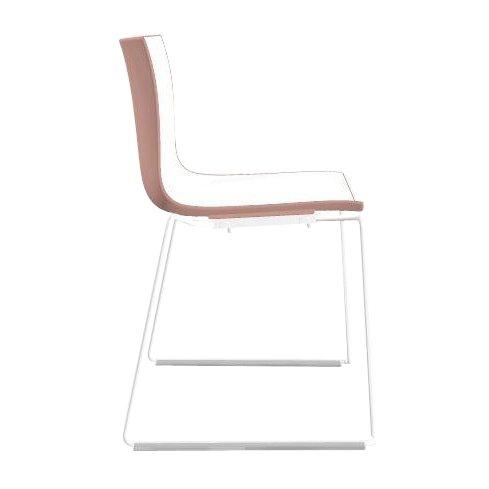 arper Catifa 46 0278 Stuhl zweifarbig Kufe weiß, weiß rosé Außenschale glänzend innen matt Gestell weiß matt V12