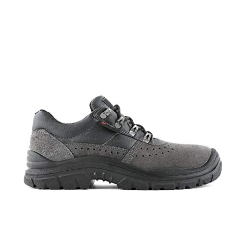 Fighter Specialized in the worst land Elias. Gris Size: 40 EU