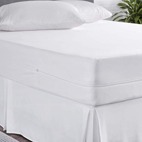 AmazonBasics Fully-Encased Waterproof Mattress Cover Protector, Queen, Standard 12 to 18-Inch Depth
