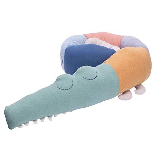 100% Baumwolle Bettumrandung Krokodil Bettschlange Nestchenschlange Kantenschutz Kissen Baby Nestchen für Babybett (Regenbogenkrokodil)