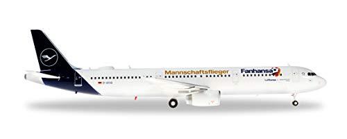 herpa 559416– Airbus A321, Fanhansa Mannschaftsflieger 2018, Lufthansa, Wings, Flieger, Modell Flugzeug, Miniaturmodelle, Sammlerstück, Kunststoff - Maßstab 1:200