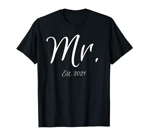 Passende Schrift Mr. & Mrs. Bridal Gifts Bräutigam Mr. Est. 2021 T-Shirt