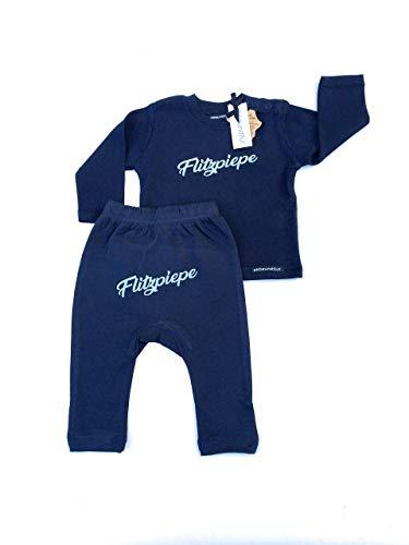 Flitzpiepe Baby Set dunkelblau - Baby Geschenk zur Geburt, Babygeschenk Junge, Berlin, Oberteil und Hose, süss, frech, Berliner Jung von ebbeundflut