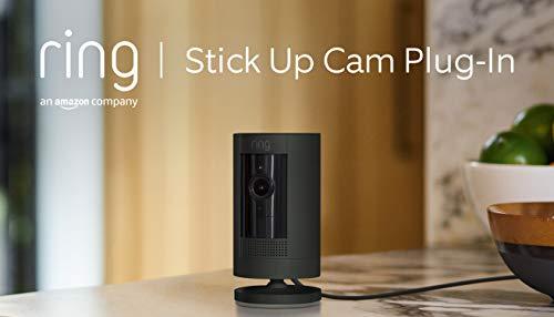 Ring Stick Up Cam Plug-In, videocamera di sicurezza in HD con sistema di comunicazione bidirezionale, compatibile con Alexa   Colore nero