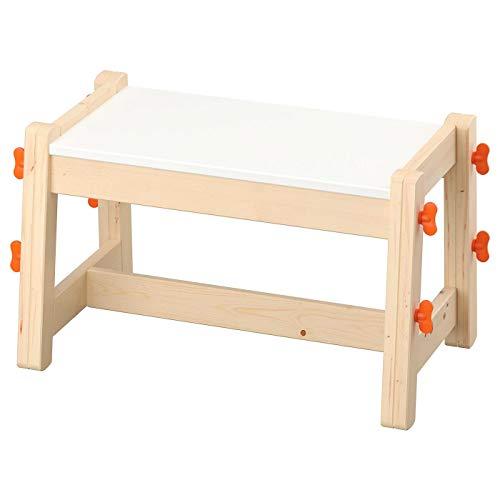 IKEA FLISAT Kinderbank, diese kann über mehrere Jahre als Sitzgelegenheit verwendet werden, da sie drei Höheneinstellungen hat, verstellbar