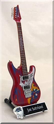 JOE SATRIANI Guitarra miniatura con púa de guitarra Surfing Aliens