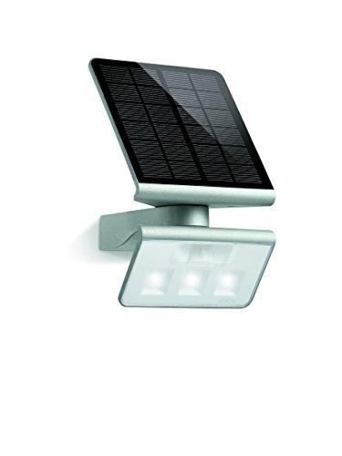 Steinel Solar-Außenleuchte XSolar L-S silber, 140° Bewegungsmelder, 8 m Reichweite, für Garten, Terrasse und Hauswand