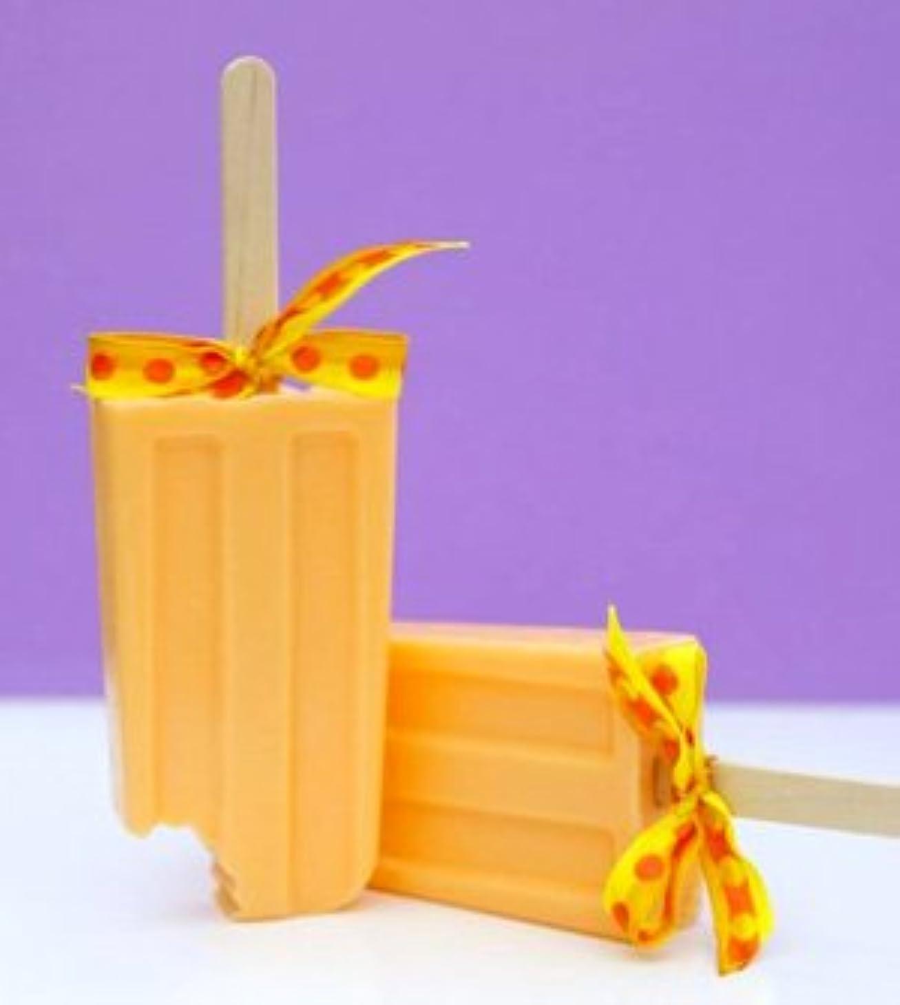 排泄する貝殻インゲンsoapy love(ソーピーラブ) Orange オレンジ セッケン ソープ ギフト プレゼント 石鹸 H14×W5×D2cm  (orange)