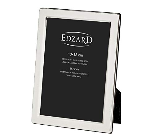 EDZARD Fotorahmen Salerno für Foto 13 x 18 cm, edel versilbert, anlaufgeschützt, mit weichem Samtrücken, inkl. 2 Aufhängern, Perfekt zum Stellen und Hängen