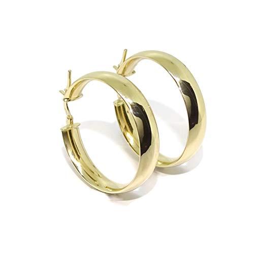 Pendientes aros medianos de oro amarillo de 18k de 6mm de anchos y 3.00cm de diámetro exterior. Peso; 4.10gr de oro de 18k. Cierre fácil click.