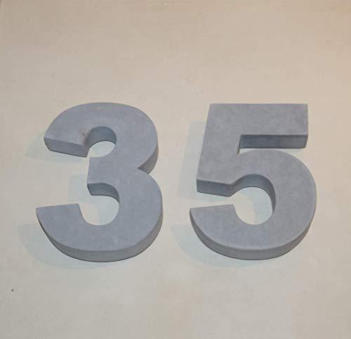 Hausnummer aus Beton Arial black art-beton-design