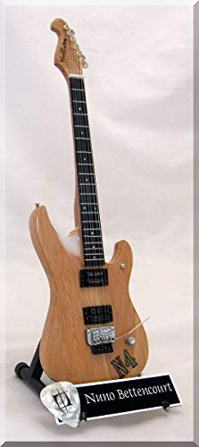 NUNO BETTENCOURT Guitarra miniatura con púa de guitarra N4