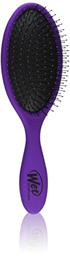 The Wet Brush Classic violet