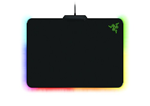 Razer Firefly Cloth Edition Gaming Mouse Mat (mit RGB Chroma Beleuchtung, Mauspad mit Stoffoberfläche für professionelle Gamer)