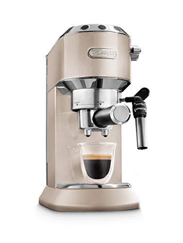 De'Longhi Dedica Metallics EC 785.BG Espresso Siebträger + Barista Pack, Espressomaschine mit Profi Milchschaumdüse, nur 15 cm breit, 1 Liter Wassertank, Vollmetallgehäuse, E.S.E Pads geeignet, beige