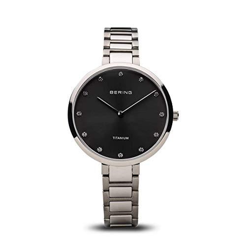 BERING Damen Analog Quarz Uhr mit Titan Armband 11334-772