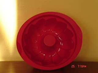 Tupperware Magic Baking Form Fluted Silicone