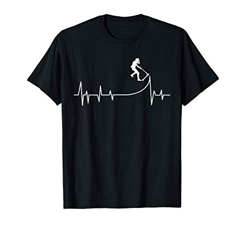 Scooter Roller Herzschlag Stunt Tretroller Kinder Junge T-Shirt