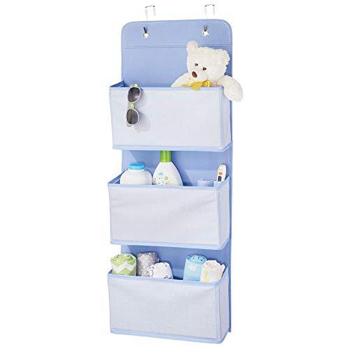 mDesign Organizador de armarios con motivo de espiga – Percheros para puerta con 3 bolsillos grandes – Colgador de ropa con ganchos para la puerta – Para la habitación de los niños – azul y blanco