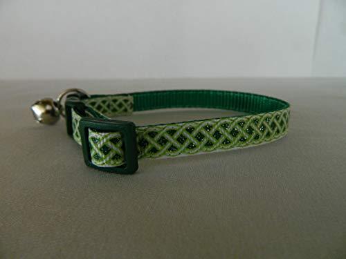 Schmoopsie Couture Emerald and White Celtic Knots Kiten/Cat Collar (Kitten 6'-9')
