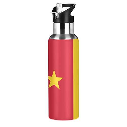 Botella de agua deportiva de acero inoxidable 304 con diseño de bandera de Camerún, botella de agua aislada al vacío con pajita (600 ml)
